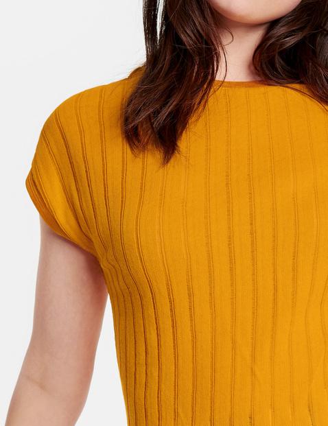 Shirt aus luftigem Feinstrick
