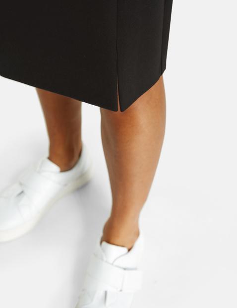 Comfy stretch pencil skirt