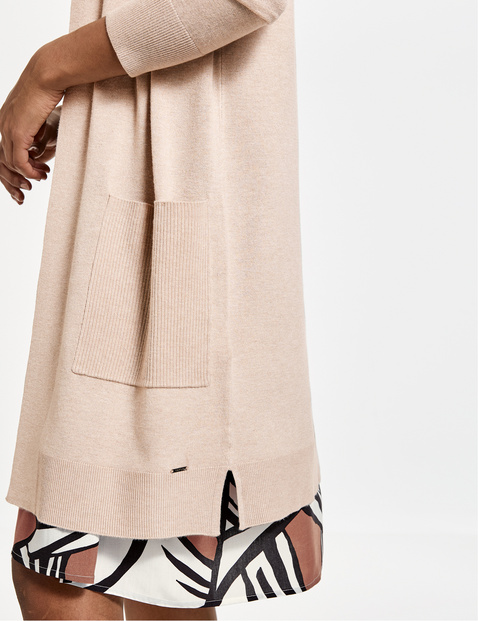 Long, open cardigan with pockets