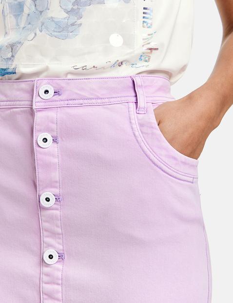 Spódnica mini z listwą guzikową