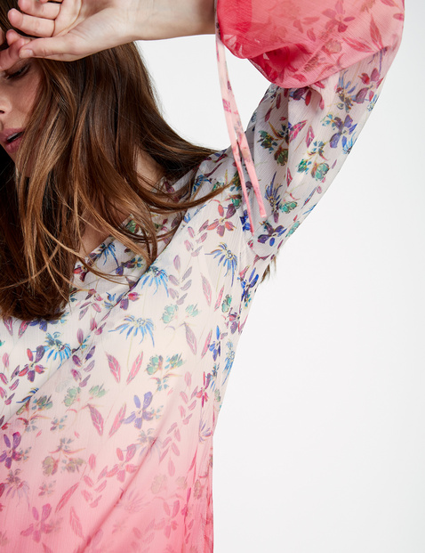 2-in-1 blouse with a floral print