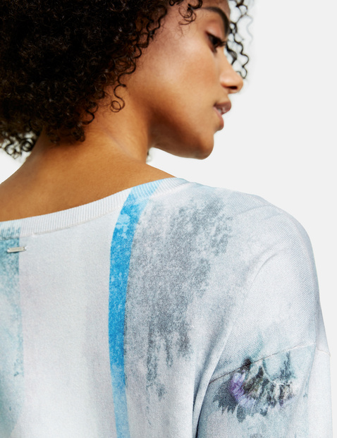 Jumper with a watercolour print