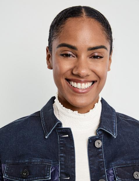 Jeansjacke mit glänzender Stepp-Qualität