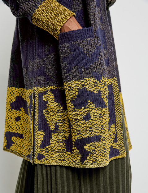 Long cardigan with a jacquard pattern