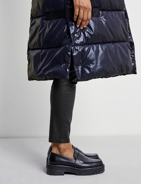 Long body warmer with a hood