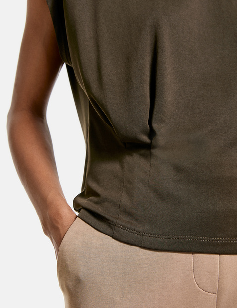T-shirt with pleated details