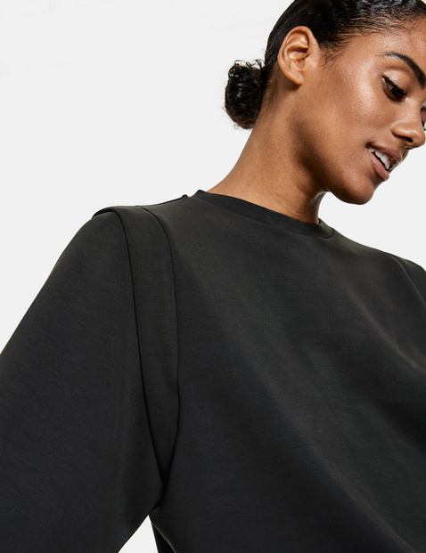 Sweatshirt mit Schulterbetonung
