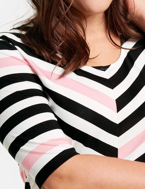 Halbarmshirt mit Streifen-Dessin