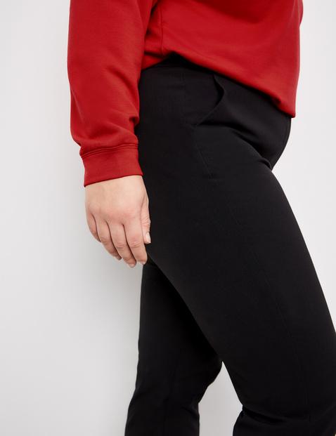 Eleganckie spodnie garniturowe Greta
