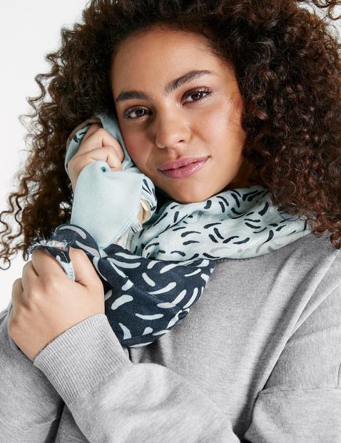 Zachte sjaal met verschillende motieven