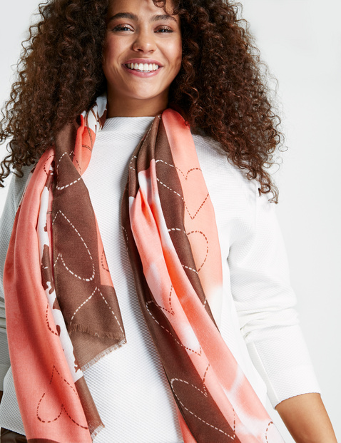 Scarf with a heart print