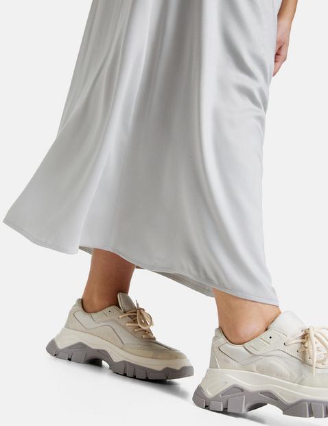 Flowing maxi skirt