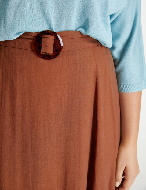 A-line skirt in a crease-resistant lyocell blend