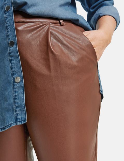 Spodnie Greta z imitacji skóry