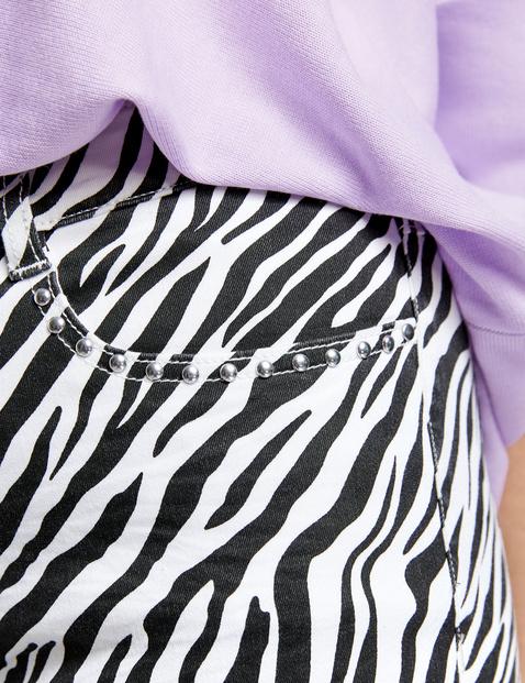 Spodnie o dł. 7/8 z nadrukiem w zebrę, bawełna organiczna