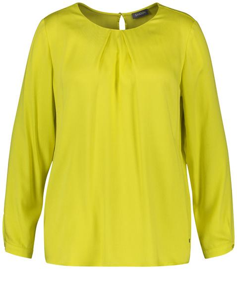 Flowing viscose blouse