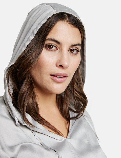 Blouse with a hood