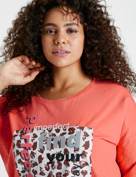 Casual mid-sleeve top made of GOTS-certified cotton