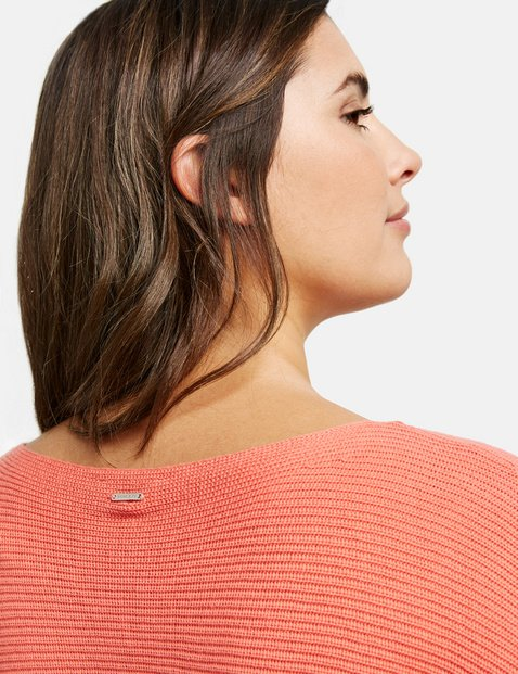 Cotton jumper with a ribbed texture