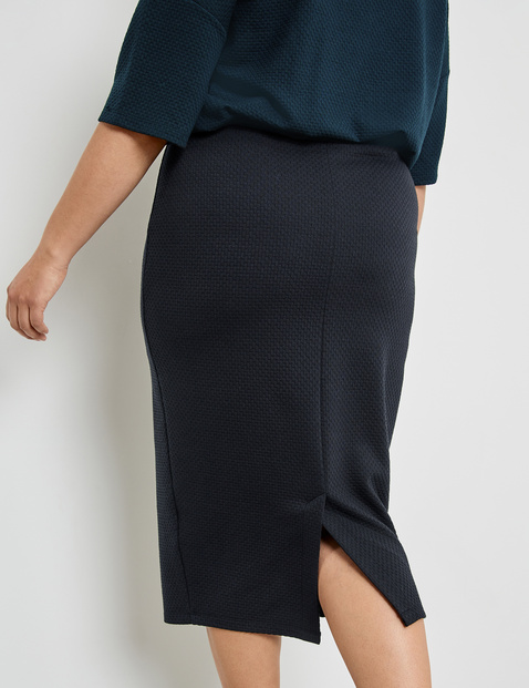 Midi skirt in textured fabric