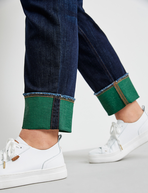 Betty jeans with coloured turn-ups