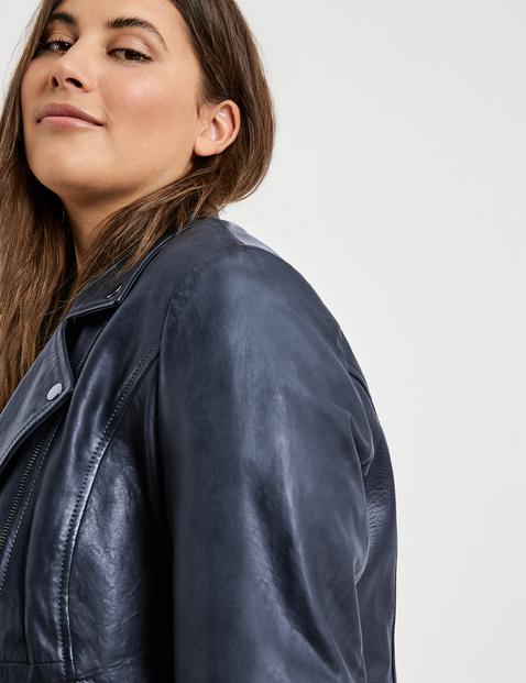 Leather jacket in vegetable tanned leather