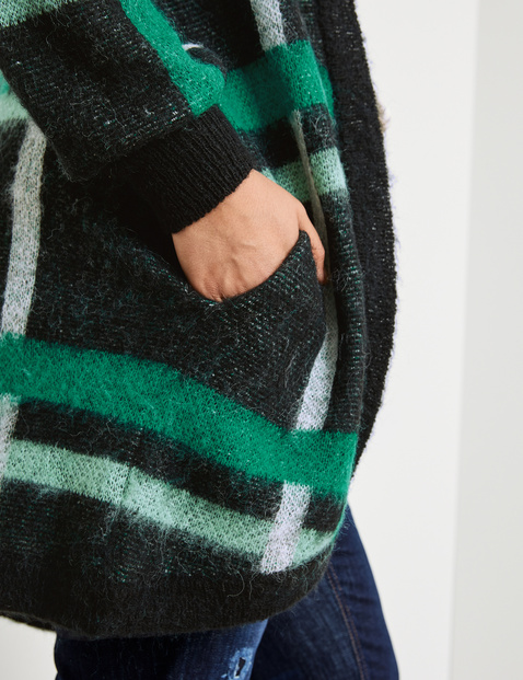 Long cardigan with a check pattern