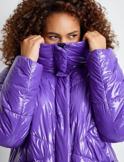 Non-wool outdoor jacket