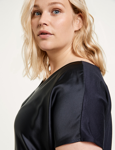 Blouse top with a satin front