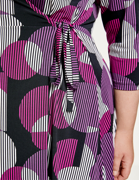 Wrap dress with a retro print