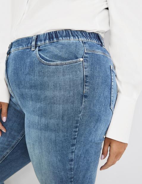 Betty Jeans met subtiel used effect
