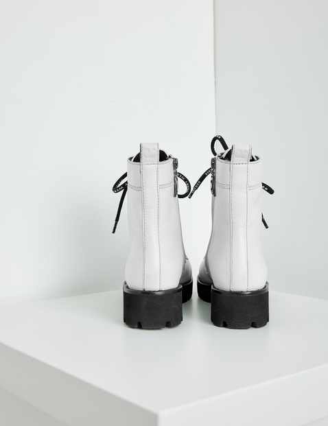 Lace-up ankle boots, Sena
