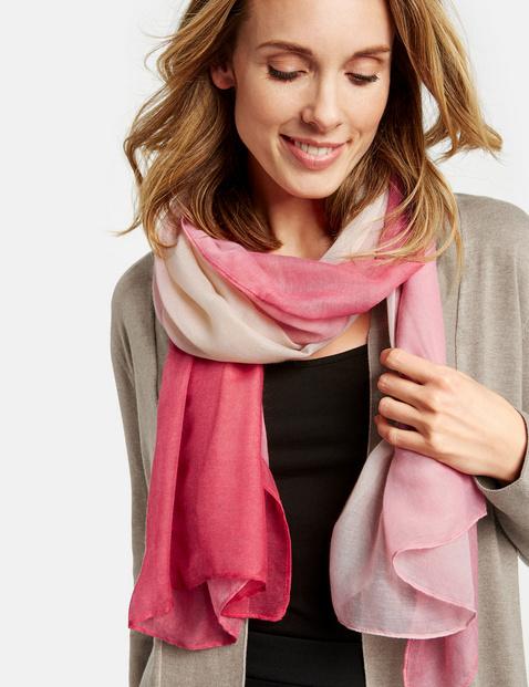Schal mit Degradée Muster