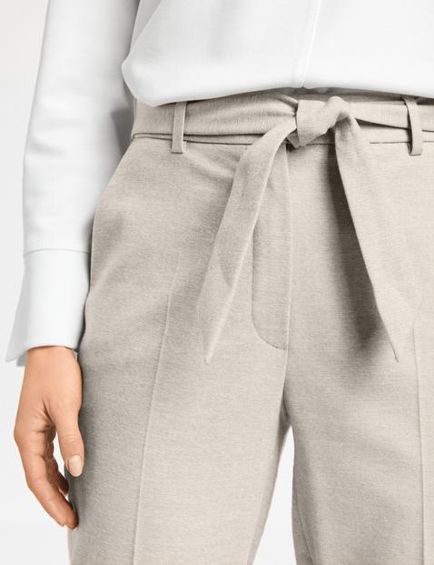 Hose mit Stoffgürtel