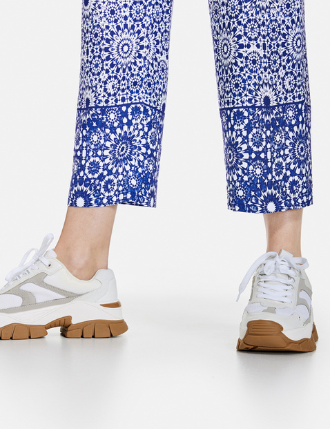 EcoVero trousers with a batik pattern