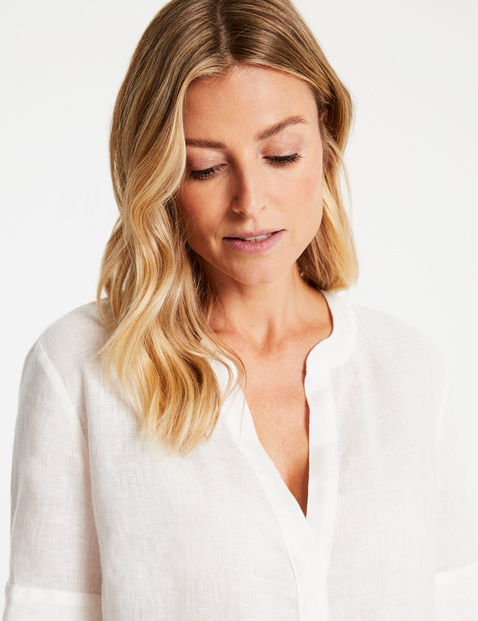 Blouse with 1/2-length sleeves