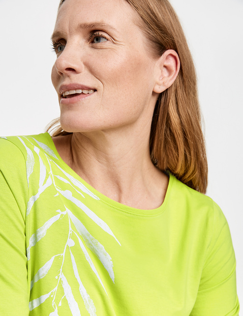 Printed top made of GOTS-certified cotton