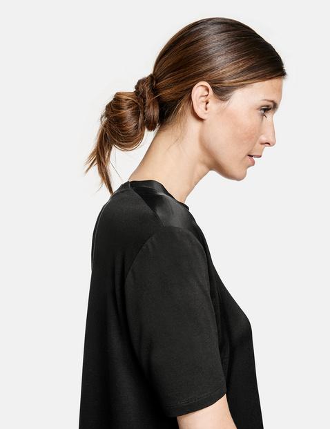 EcoVero top with a V-neckline
