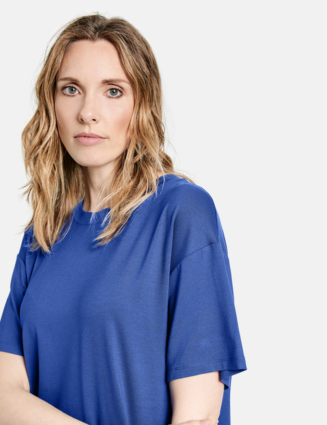 Loose-fitting EcoVero top