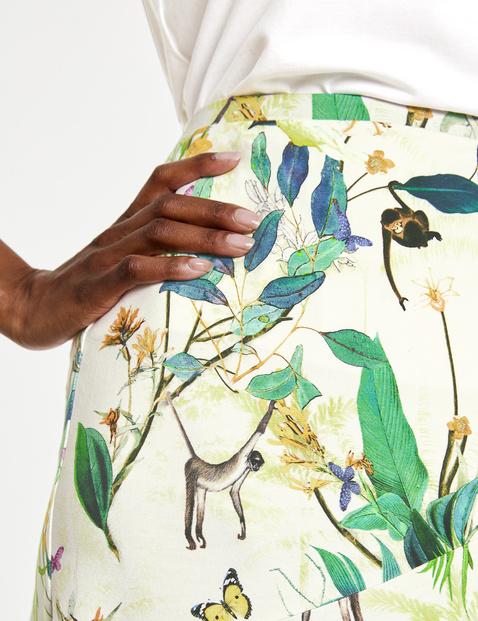 Skirt in a godet design