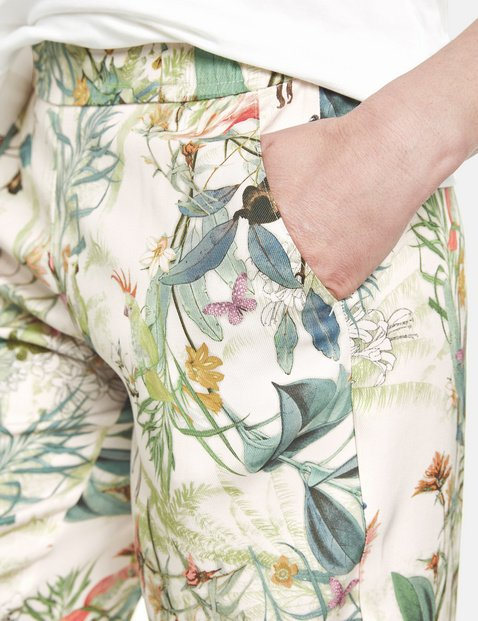 Floral printed trousers