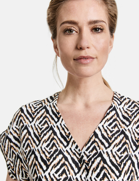 Jumpsuit with a graphic pattern