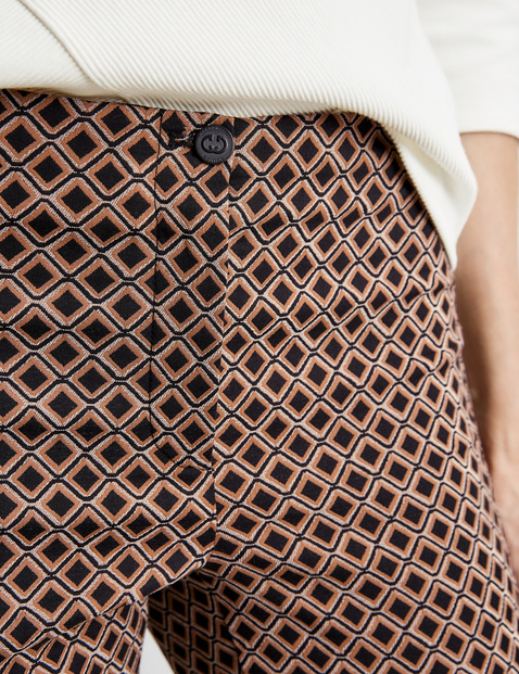 Trousers with an Argyle pattern