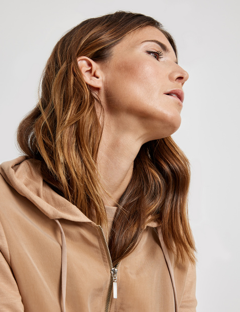 Zip jacket with a cupro appliqué