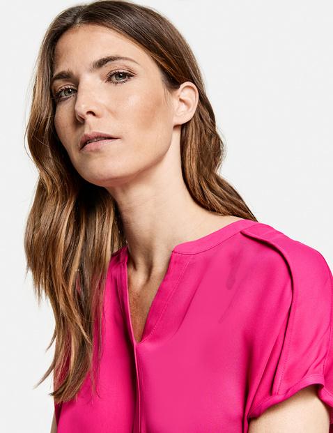 Breezy viscose blouse