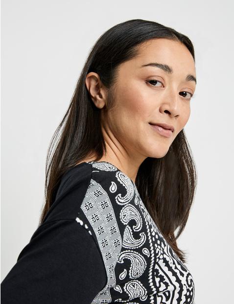 Shirt mit Panneaux Print