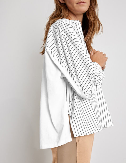 Blouse top with narrow stripes