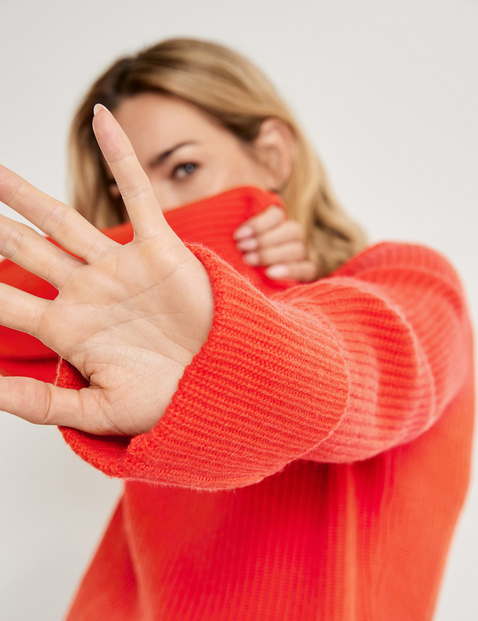 Jumper made of wool and cashmere