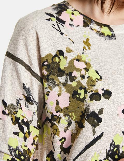 Sweter w kwiaty
