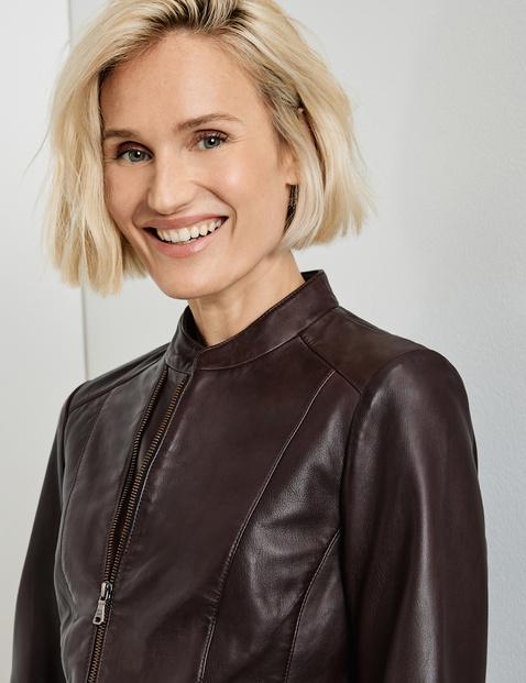 Short blazer made of nappa leather